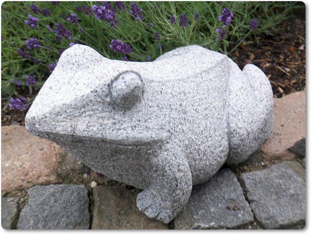 Tierfigur Frosch aus dem Naturstein Granit