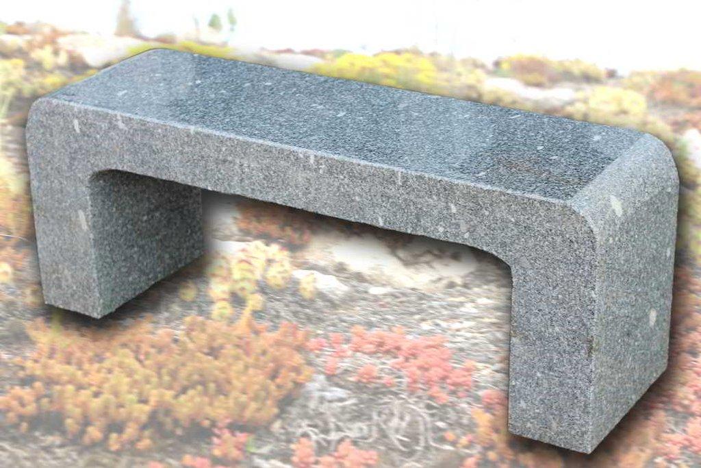 granitbank poliert f r den garten sitzm bel natursteinbank. Black Bedroom Furniture Sets. Home Design Ideas