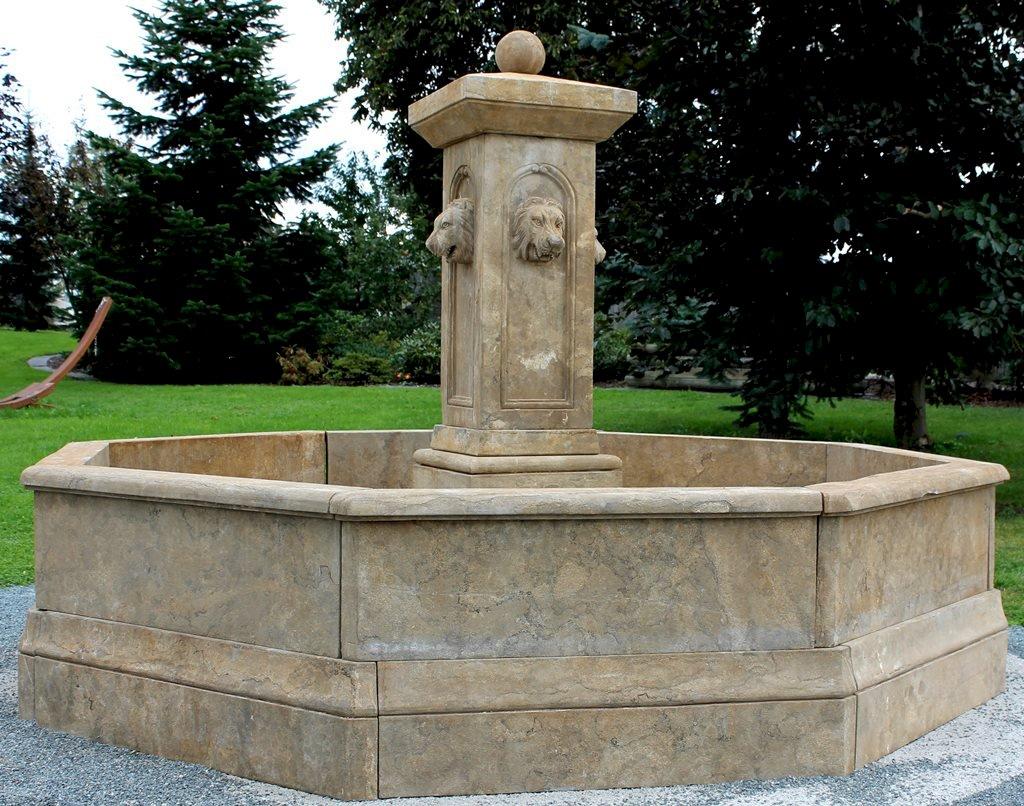 Gr Sergarten großer achteckiger brunnen antik aus kalkstein