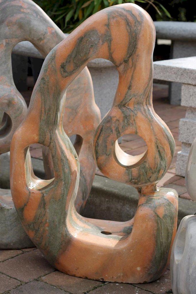 quellstein marmor wasserspiel brunnen vorgarten gartendekoration zierbrunnen ebay. Black Bedroom Furniture Sets. Home Design Ideas