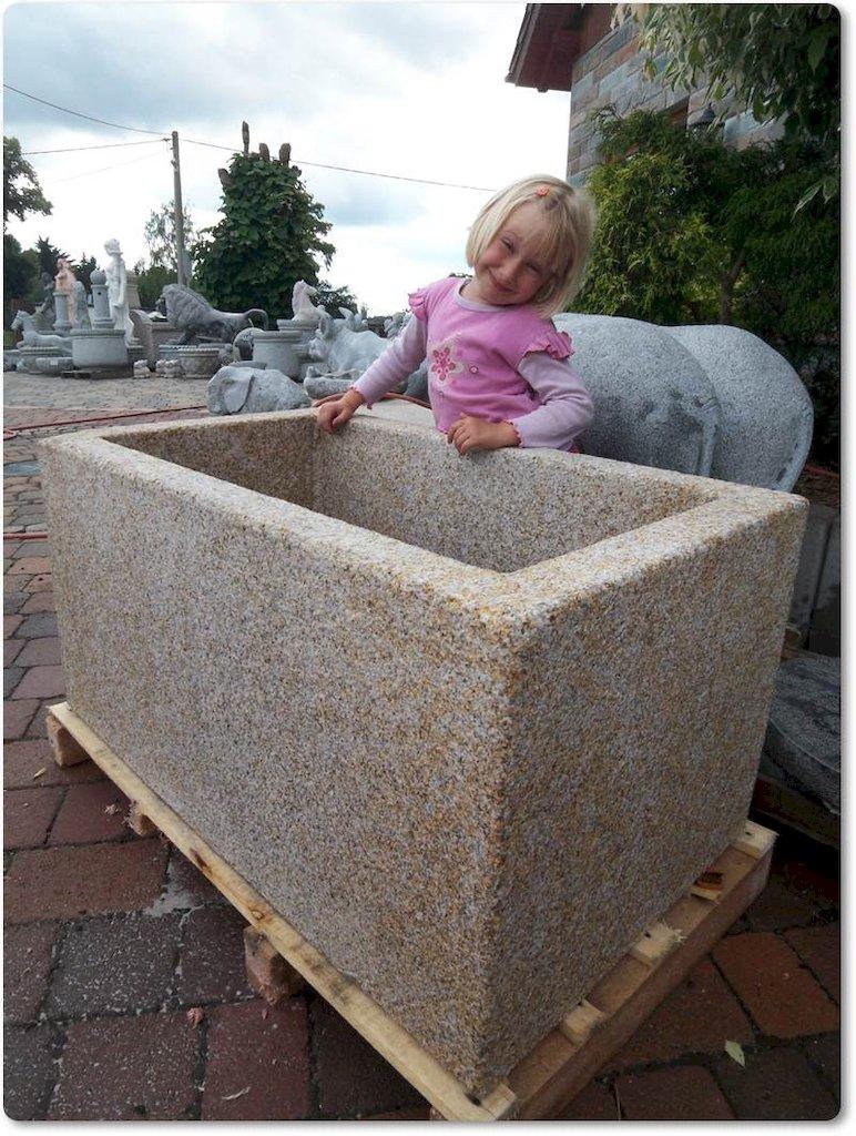 steink bel aus granit. Black Bedroom Furniture Sets. Home Design Ideas