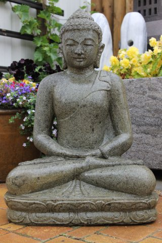 buddha figur aus naturstein f r den garten. Black Bedroom Furniture Sets. Home Design Ideas
