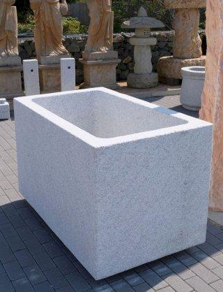 Natursteintröge Aus Granit Und Marmor Für Den Garten